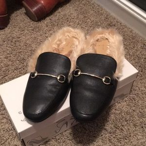 EUC a new day loafer slides